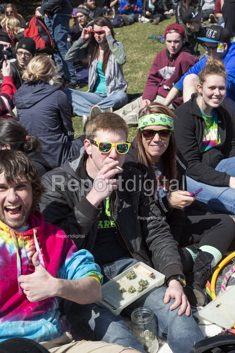 Ann Arbor, Michigan - The annual Hash Bash at the University of Michigan, where a lot of marijuana is smoked and protesters call for its legalization. - Jim West - 2015-04-04