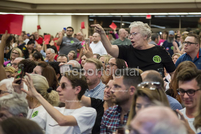 Mesa, Arizona - U.S. Senator Jeff Flake (R-Arizona) was met by nearly 2,000 angry constituents when he held a town hall meeting. Many expressed support for the Affordable Care Act (Obamacare) and opposition to a wall on the Mexican border. - Jim West - 2017-04-13
