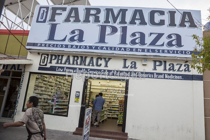Nogales, Sonora, Mexico, pharmacy offering low prices on drugs to tourists crossing the nearby border from the United States - Jim West - 2017-04-16