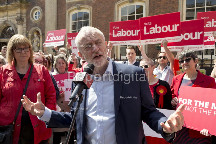 Jeremy Corbyn MP speaking general election campaign meeting Worcester. PPC Joy Squires (L) - John Harris - 2017-05-08