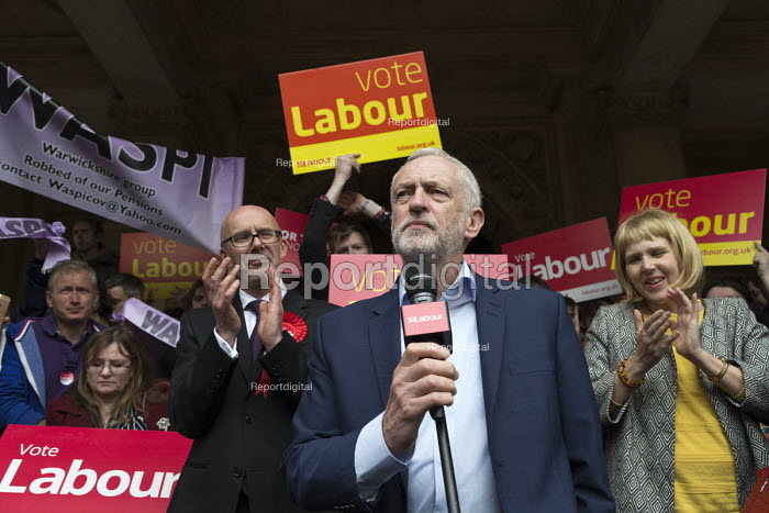 Jeremy Corbyn MP speaking general election campaign meeting Leamington Spa. PPC Matt Western (L) - John Harris - 2017-05-08
