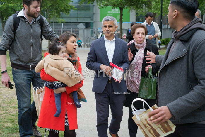 Tulip Siddiq with her daughter Azalea and London Mayor Sadiq Khan launching her general campaign for Hampstead and Kilburn, the tenth most marginal Labour parliamentary seat in the UK. Swiss Cottage, London. - Philip Wolmuth - 2017-05-06