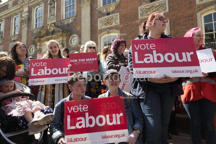 Labour PArty supporters general election campaign meeting Worcester - John Harris - 2017-05-08
