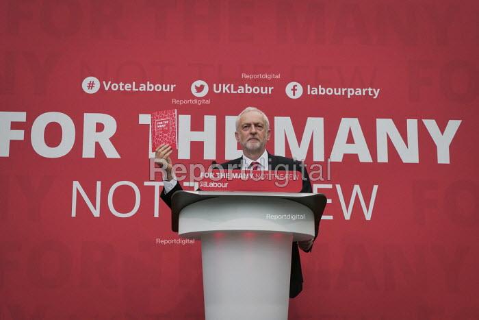 Jeremy Corbyn, Labour Party General Election 2017 manifesto launch, Bradford - Mark Pinder - 2017-05-16