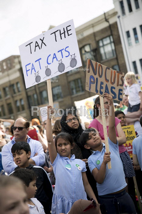 The Big School Assembly against education cuts, Mile End Park, Tower Hamlets, East London. Tax the Fat Cats - Jess Hurd - 2017-05-24