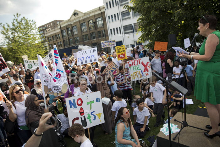 The Big School Assembly against education cuts, Mile End Park, Tower Hamlets, East London - Jess Hurd - 2017-05-24