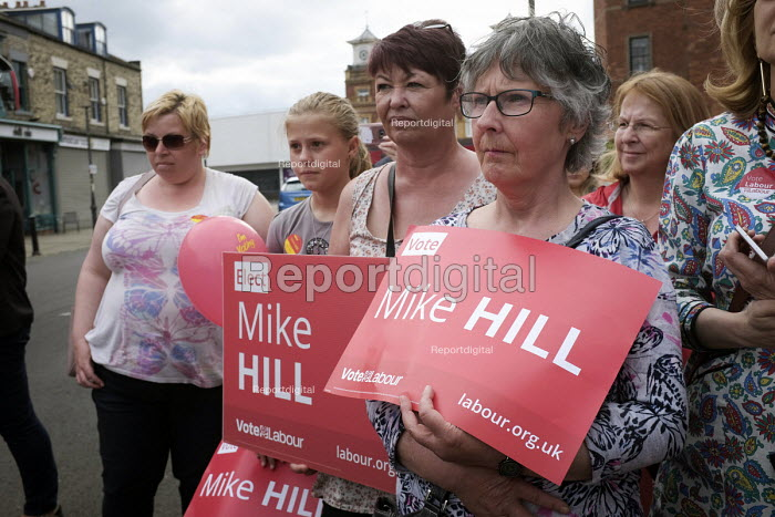 Angela Rayner MP campaigning in support of the Labour candidate Mike Hill, Hartlepool. Labour supporters rally - Mark Pinder - 2017-05-28