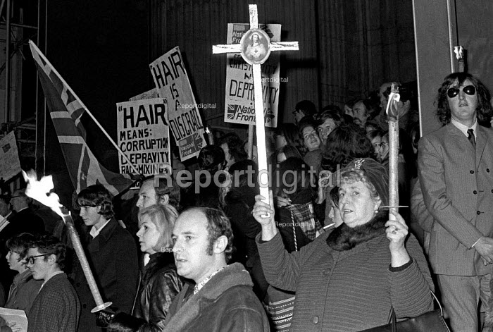 Nationwide Festival of Light protest at St Pauls Communion event joined by the National Front - both condemning the musical Hair as a moral disgrace, London 1971 - NLA - 1971-12-12