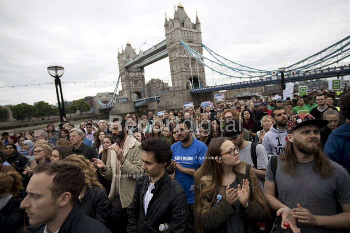 Vigil to honour victims of the London Bridge terrorist attack, City Hall, Potters Fields Park, London. - Jess Hurd - 2017-06-05