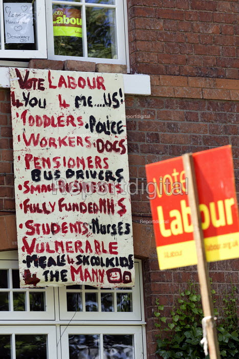 General election vote Labour Party banner and signs outside a house, Nottingham - John Harris - 2017-06-07