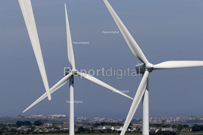Carland Cross windfarm, Newlyn East, Cornwall - John Harris - 2017-06-20