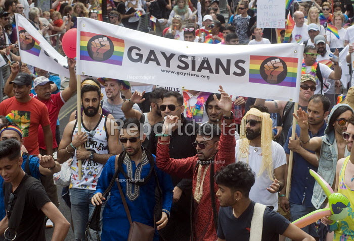 Pride 2017. Gaysians or Gay Asians join Gay Pride celebration and march London - Stefano Cagnoni - 2017-07-08