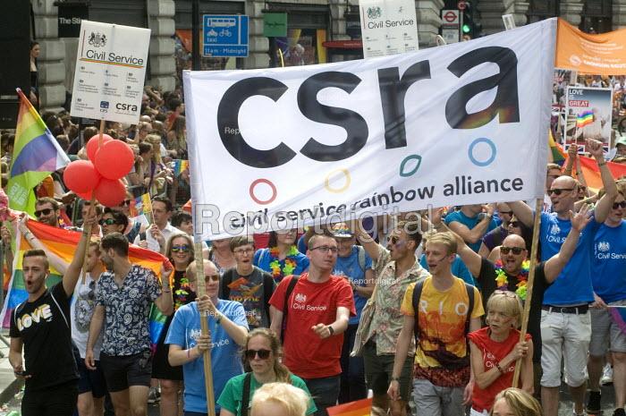 Pride 2017. Civil Servants at Gay Pride celebration and march London - Stefano Cagnoni - 2017-07-08