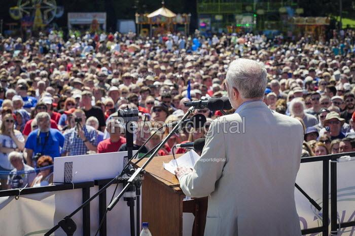 Jeremy Corbyn speaking Durham Miners Gala, Durham 2017 - Mark Pinder - 2017-07-08