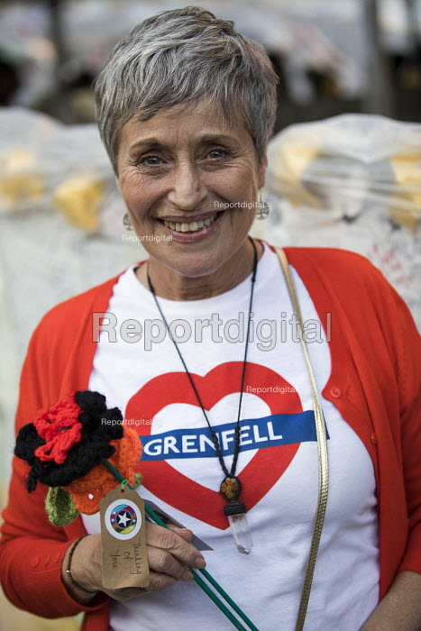 Flowers Crocheted by the WI. Grenfell Tower fire vigil, one month after the fire, London - Jess Hurd - 2017-07-12