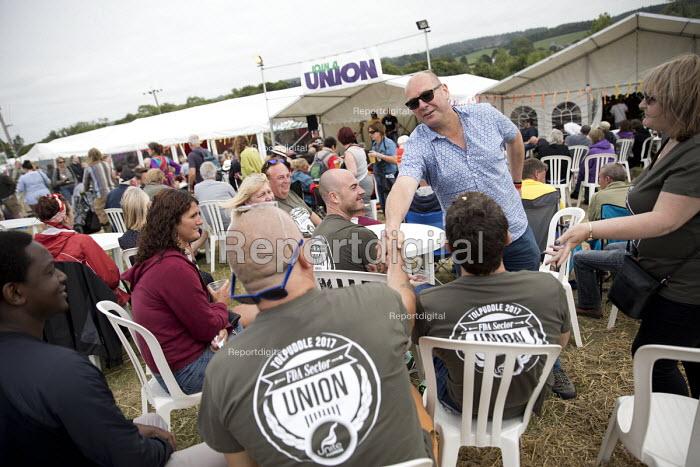 Steve Turner, UNITE greeting FDA, Tolpuddle Martyrs Festival, Dorset. - Jess Hurd - 2017-07-16