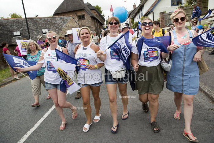 NUT with flags, Tolpuddle Martyrs Festival, Dorset - Jess Hurd - 2017-07-16