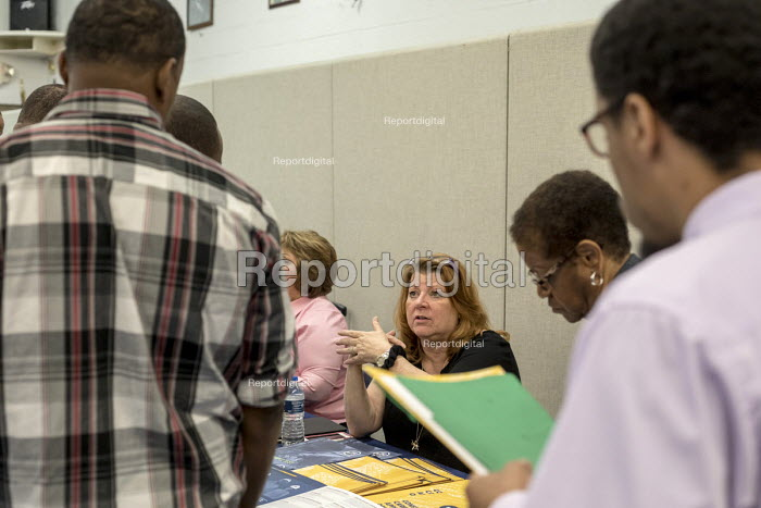 "Detroit, Michigan USA Job seekers at a UAW union hall job fair ""Expungements, Pardons and Jobs. Companies billed as ""ex-felon friendly"" attending. Ex prisoners find it difficult to find work because of past prison records. Companies billed as ""ex-felon friendly"" talked to job seekers. Not everyone attending the job fair has a criminal record. - Jim West - 2017-08-05"