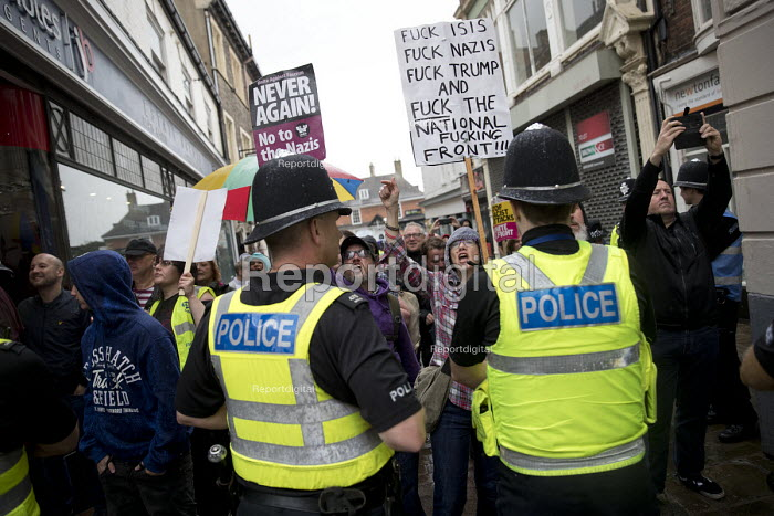 Anti fascist protestors confronting National Front march, Grantham, Lincolnshire - Jess Hurd - 2017-08-19