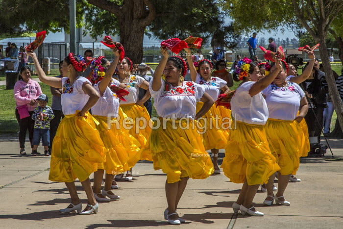 Greenfield, California, USA Migrants from Oaxaca dancing at a festival of Oaxacan culture in the Salinas Valley where many Triquis have settled - David Bacon - 2017-04-22