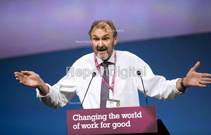 Kevin Courtney NEU NUT speaking, vote of thanks for TUC President Mary Bousted, TUC Congress, Brighton 2017. - Jess Hurd - 2017-09-10