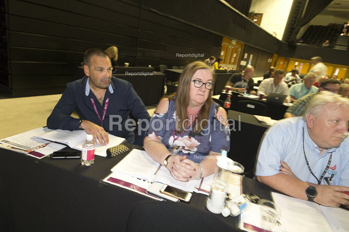 Ian Lawrence NAPO and Yvonne Pattison delegation TUC Congress Brighton 2017 - John Harris - 2017-09-13