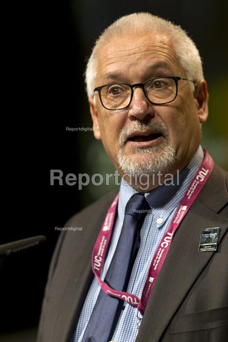 Dave Kitchen NASUWT speaking TUC Congress Brighton 2017 - John Harris - 2017-09-13