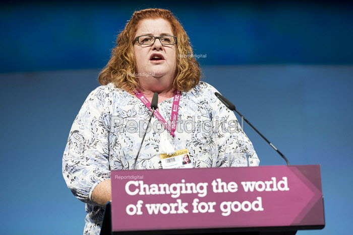 Jane Loftus, CWU speaking TUC Congress, Brighton 2017 - Jess Hurd - 2017-09-12