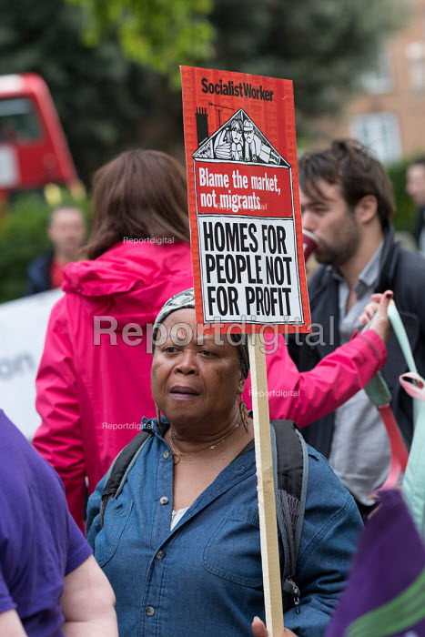Homes For People Not For Profit. StopHDV protest against proposed privatisation of Haringey council estates, Tottenham, London - Philip Wolmuth - 2017-09-23