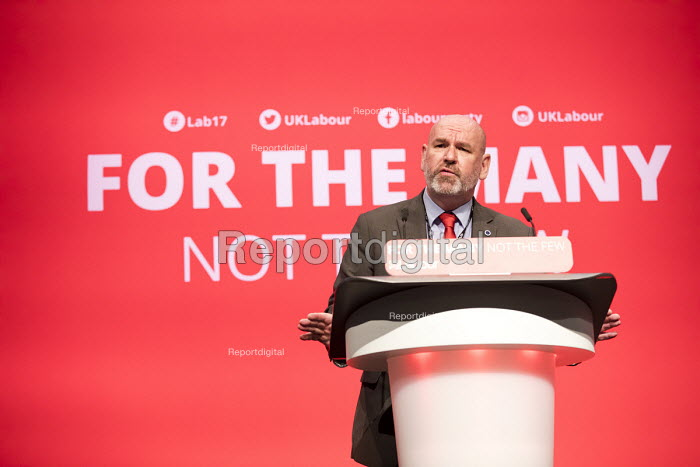 Mick Whelan, ASLEF speaking Labour Party Conference, Brighton 2017 - Jess Hurd - 2017-09-25