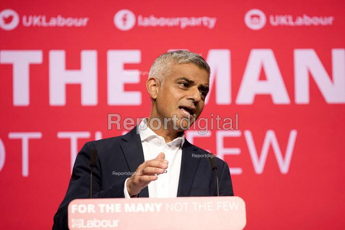 Sadiq Khan speaking, Labour Party Conference, Brighton 2017 - Jess Hurd - 2017-09-25