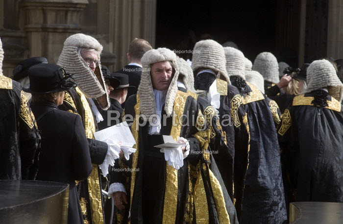 Lord Chancellors breakfast. Traditional procession of Judges to the Houses of Parliament to mark official start of year in the British legal system, London. Lord Justices of Appeal in full ceremonial dress file into Parliament - Stefano Cagnoni - 2017-10-02