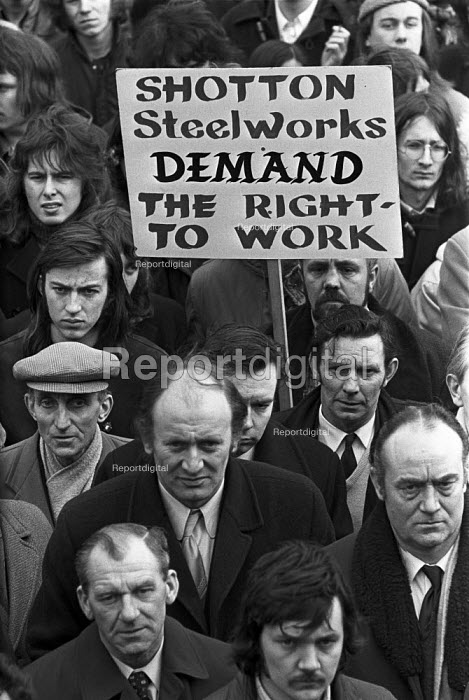 Shotton steelworkers, London, 1973, facing the closure of their plant and thousands of redundancies, protest in support of the occupation and work in at Briant Colour Printing - NLA - 1973-02-13