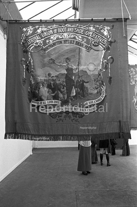Exhibition of trade union banners, this one quoting Karl... - NLA, NLA1705045.jpg