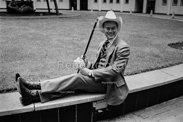 Actor Larry Hagman as J R Ewing promoting the new Dallas... - NLA, NLA17052132.jpg