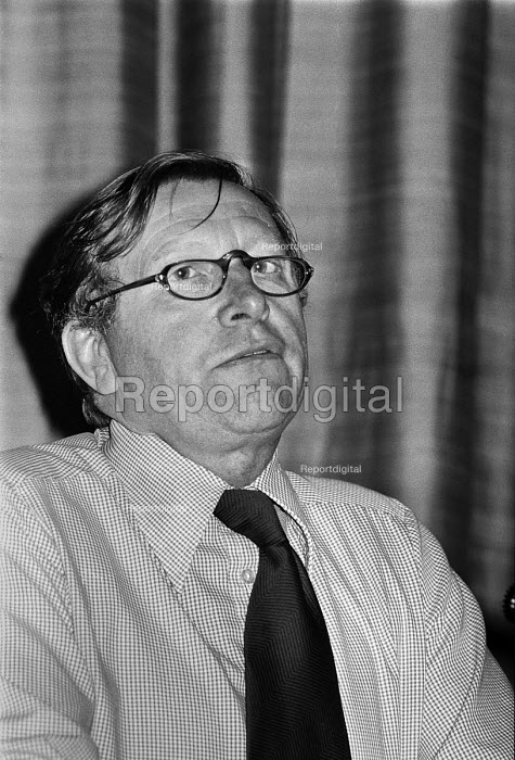 Sir Geoffrey Allen, Science Research Council speaking at a... - Peter Arkell, PA17052145.jpg
