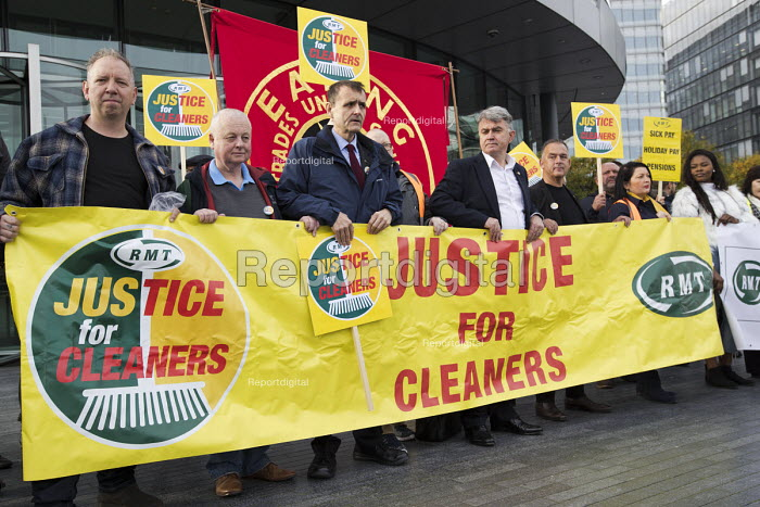 Mick Cash, RMT Justice for Tube cleaners protest, City... - Jess Hurd, jj1710020.jpg