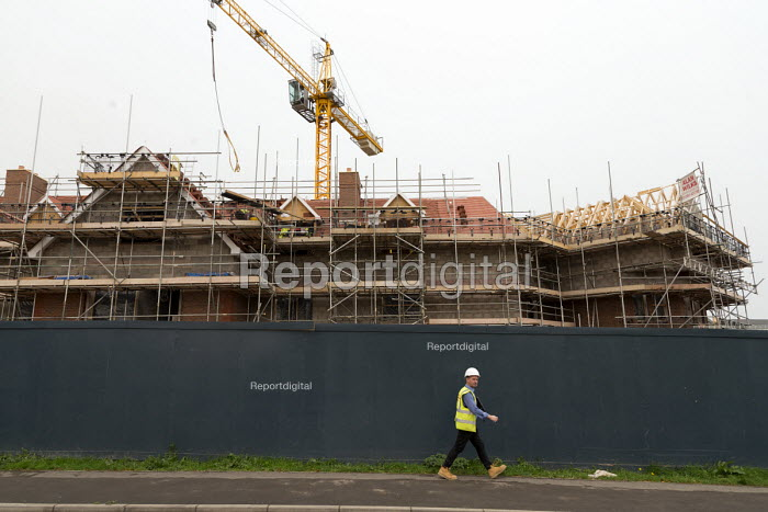 Care home under construction, Evesham - John Harris - 2017-10-16