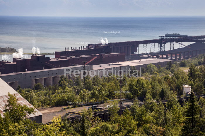 Silver Bay, Minnesota, USA Northshore Mining taconite processing plant, shore of Lake Superior. Cleveland-Cliffs Inc. - Jim West - 2017-09-02