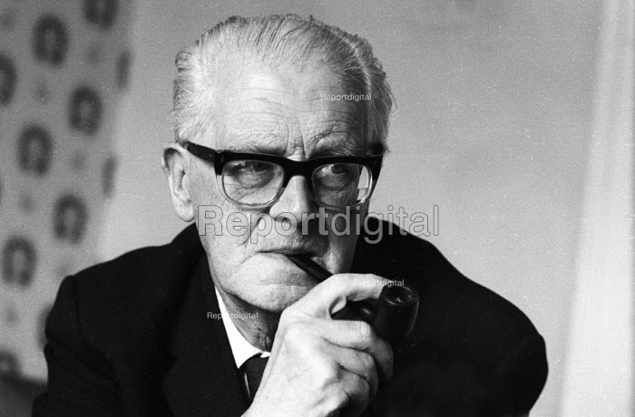 Labour Peer Lord Fenner Brockway 1965 founder and chairman... - Romano Cagnoni, RARC6568.jpg