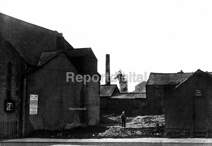 Pit village with Centenary celebrations sign, County... - Elisabeth Chat, RAEC4829b.jpg