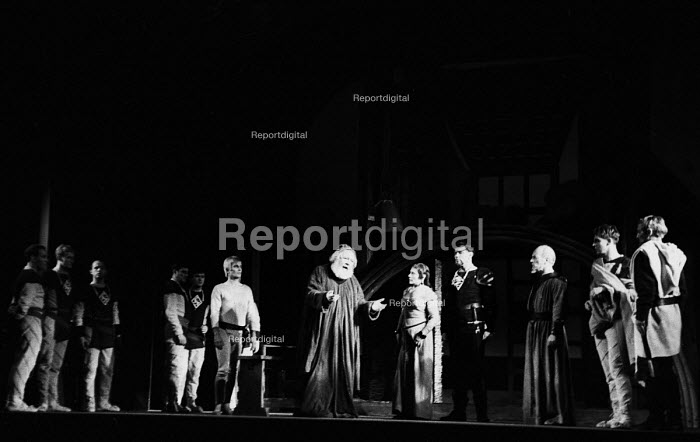 RSC 1959 production of KIng Lear by William Shakespeare... - Alan Vines, RAAV59103.jpg