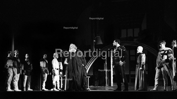 RSC 1959 production of KIng Lear by William Shakespeare... - Alan Vines, RAAV59104.jpg