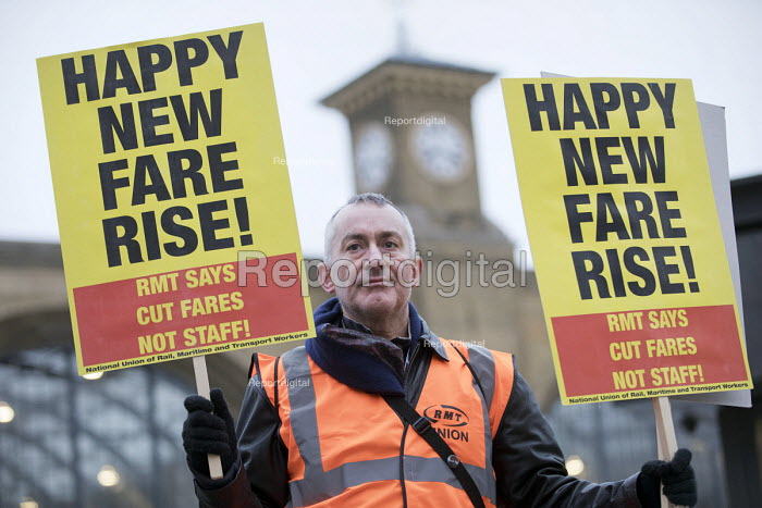 Cut fares not guards, RMT protest, Kings Cross station, London - Jess Hurd - 2018-01-02