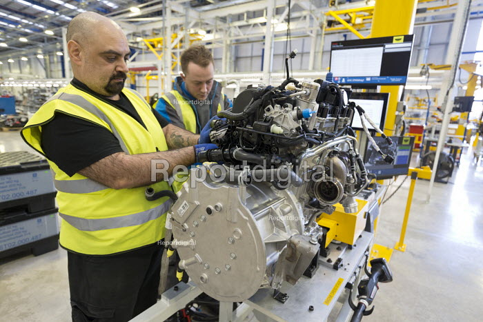 LEVC London EV Company electric Taxi factory, Coventry. Engine production - John Harris - 2018-01-18