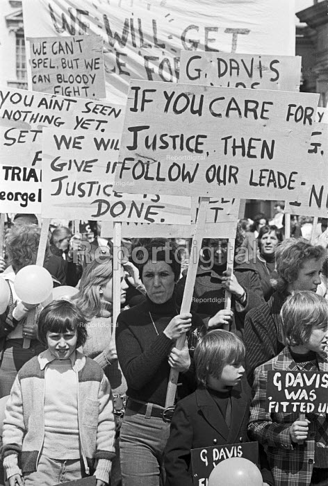 Campaign to free George Davis, jailed for robbery, his wife Rose Davis at the front, protest 1975 London. The Campaign became famous under the slogan George Davis is Innocent OK - NLA - 1975-05-04