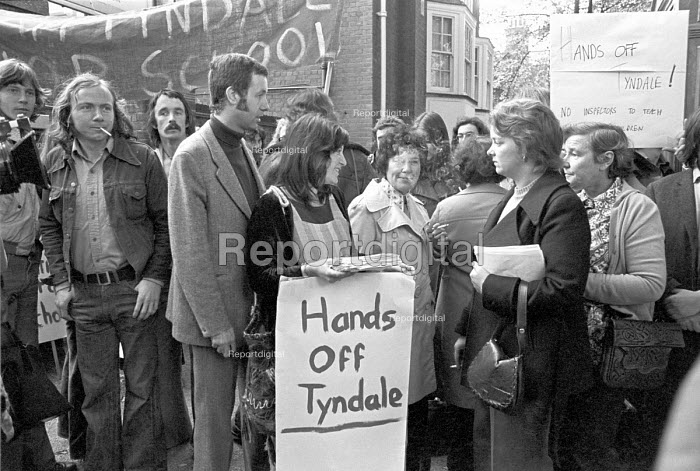 William Tyndale School, North London 1975 Parents turn out to support teachers trying to institute a radical child centred system at the school. The controversy led to greater government authority in education and the dismissal of the senior teachers - NLA - 1975-09-24