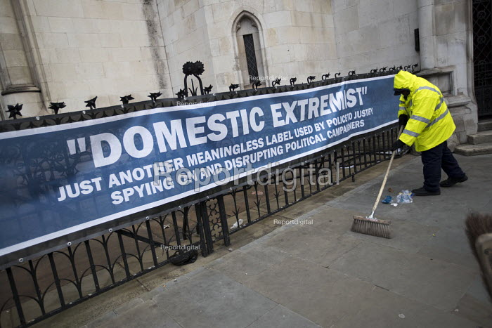 Spycops Pitchford Inquiry, Royal Courts of Justice, London. - Jess Hurd - 2018-02-05