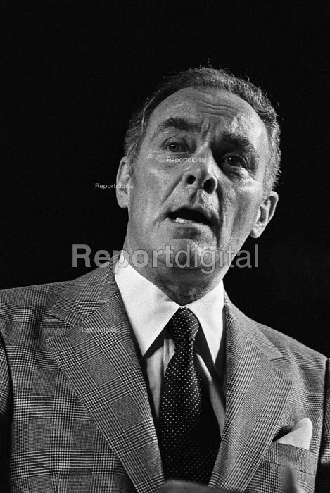 General Alexander Haig speaking Institute of Directors Annual Convention, London 1979 - NLA - 1979-03-20