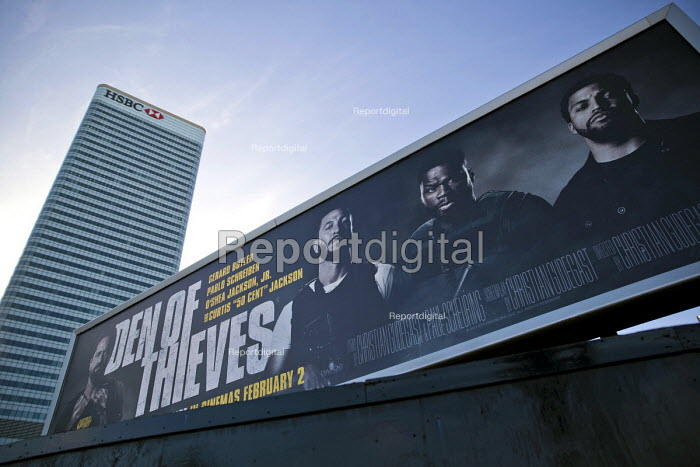 Den of Thieves, American heist film advertisement HSBC, Canary Wharf, London Docklands - Jess Hurd - 2018-02-12